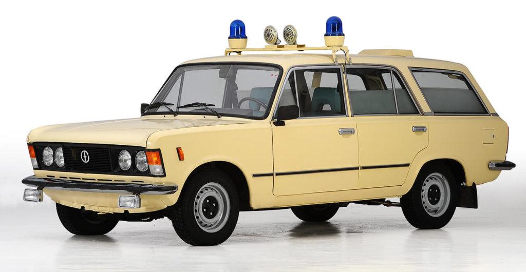 Polski Fiat 125p Ambulans