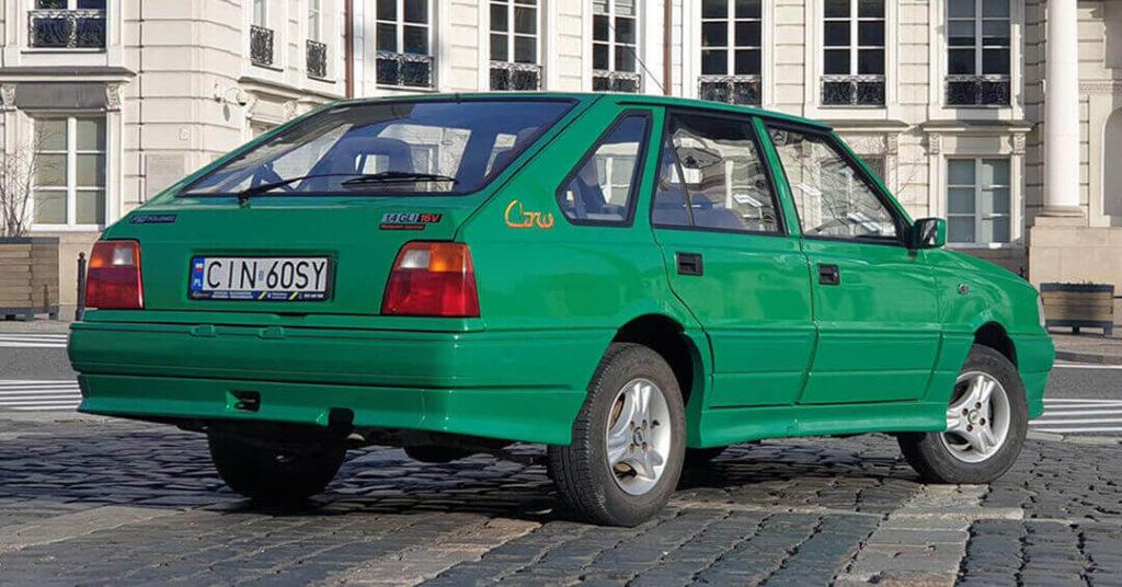 Polonez Caro Orciari 2021 - tył