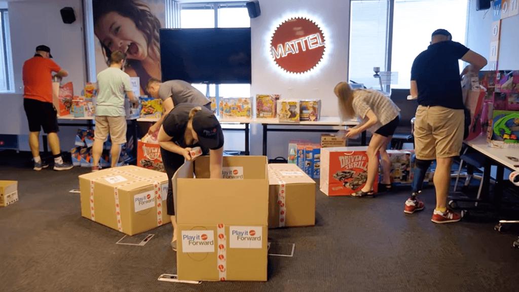 Pomagamy Mattel Poland w dostawie zabawek do Domu Rolanda McDonalda