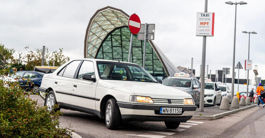 Peugeot 405 - luksusowa taksówka lat 90-tych